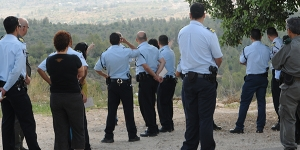 Israeli police officers on a study tour of the Arab town of Kfar Qara, participating in The Abraham Fund Initiative's Arab Society-Police Relations Initiative