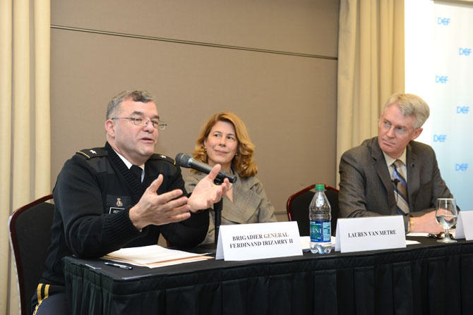 "USIP, ROA Hold Forum on ""Training for War and Fragile Peace"""
