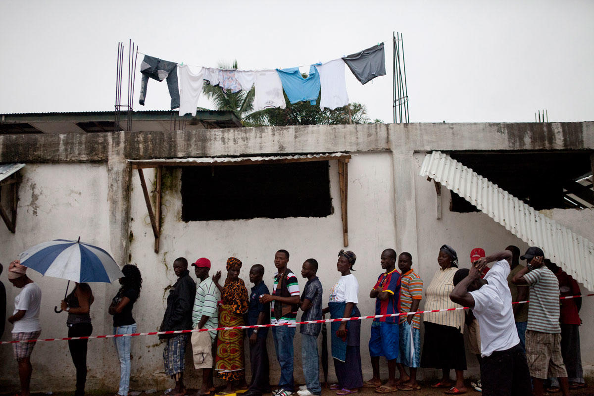 A line of people ready to vote in Liberia