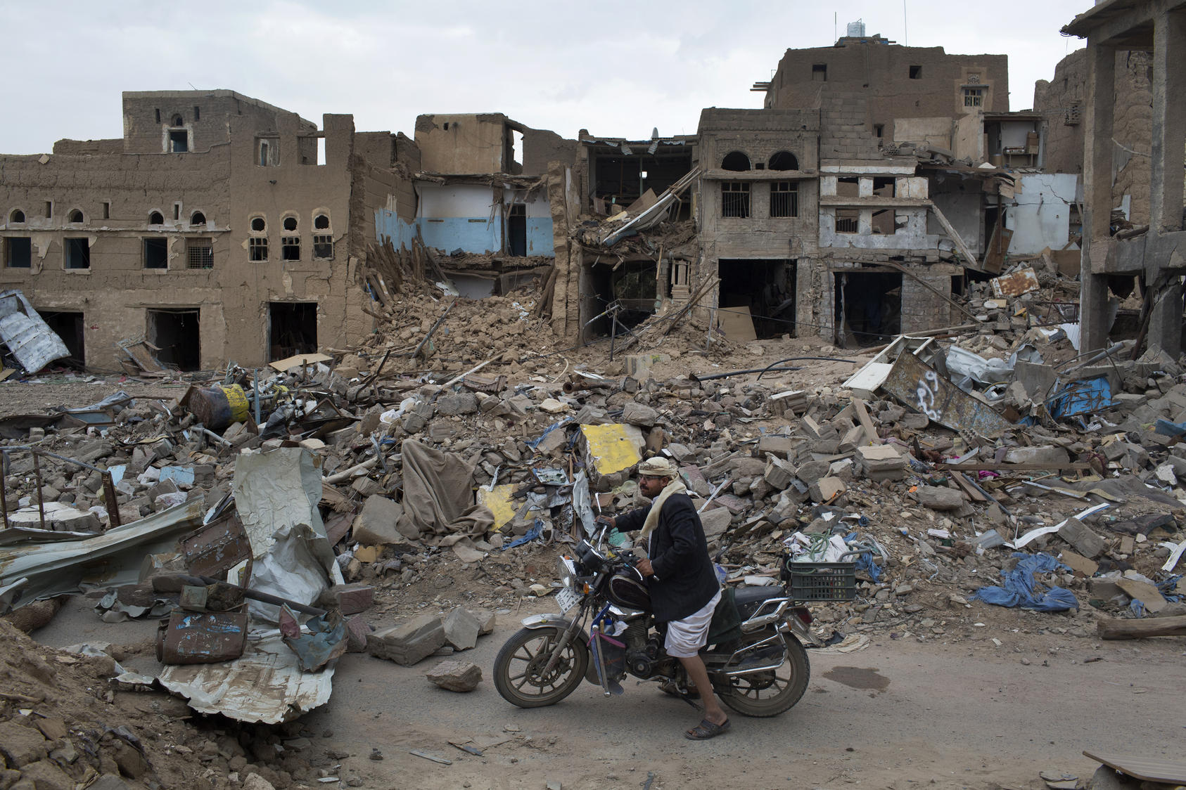 The northern city of Saada, a stronghold of the Houthi rebel militia, damaged from intense bombardment by the Saudi led military coalition, in Yemen, Sept. 7, 2015. While some high-level terrorists remain at Guantanamo Bay, there are also many low-level detainees who remain only because they are from Yemen, which is in turmoil. (Tyler Hicks/The New York Times)