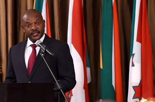 President of Burundi Pierre Nkurunziza addresses guests during the state banquet at Tuyhuis in Cape Town.