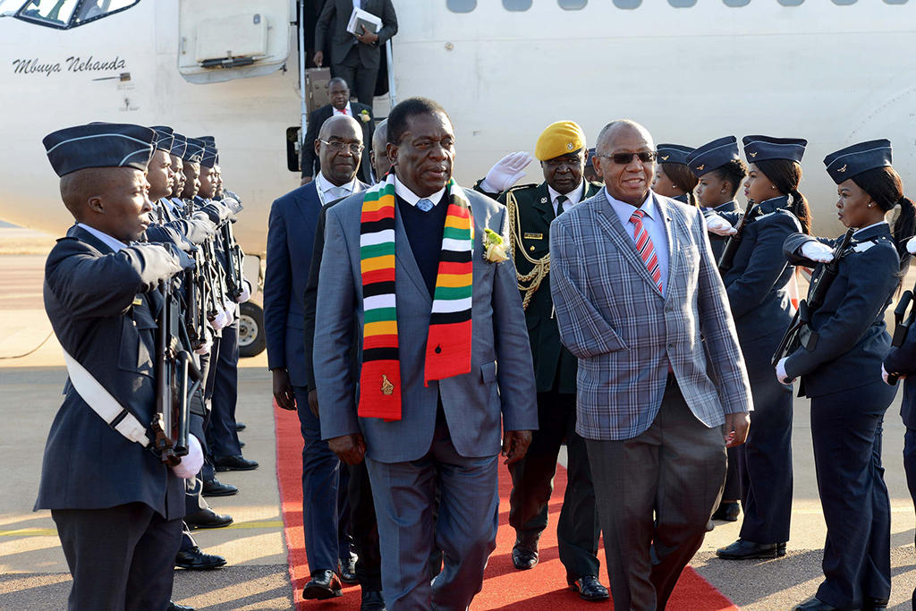 President of Zimbabwe Emmerson Mnangagwa arrives at Waterkloof Air Force Base. Photo courtesy of DIRCO/Flickr