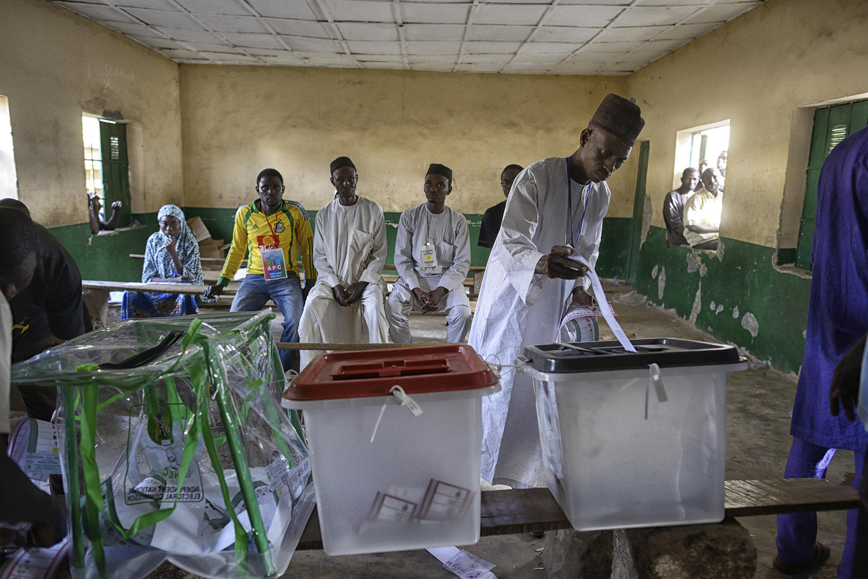 A man votes at a polling station in Kano, Nigeria, March 28, 2015. (Samuel Aranda/The New York Times)