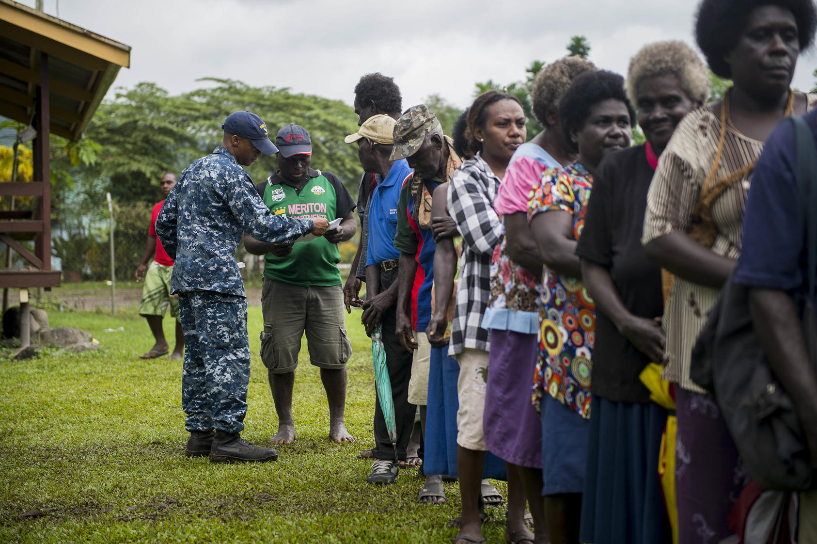 Residents of the autonomous region of Bougainville in Papua New Guinea wait in line as part of a community health engagement at the Arawa Medical Clinic, July 3, 2015. (SrA Peter Reft/Wikimedia)