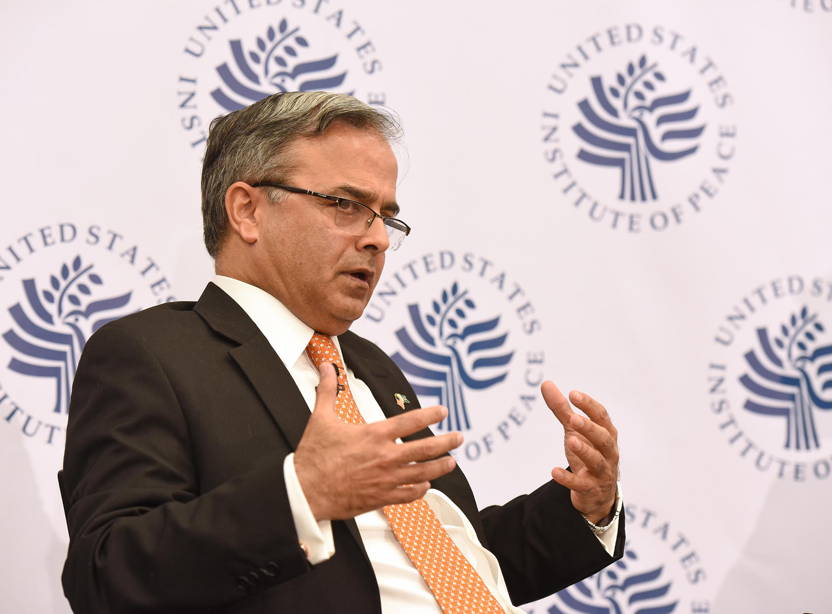 Pakistani Ambassador to U.S. Dr. Asad Majeed Khan discusses Pakistan's foreign policy priorities at the U.S. Institute of Peace, March 4, 2019.