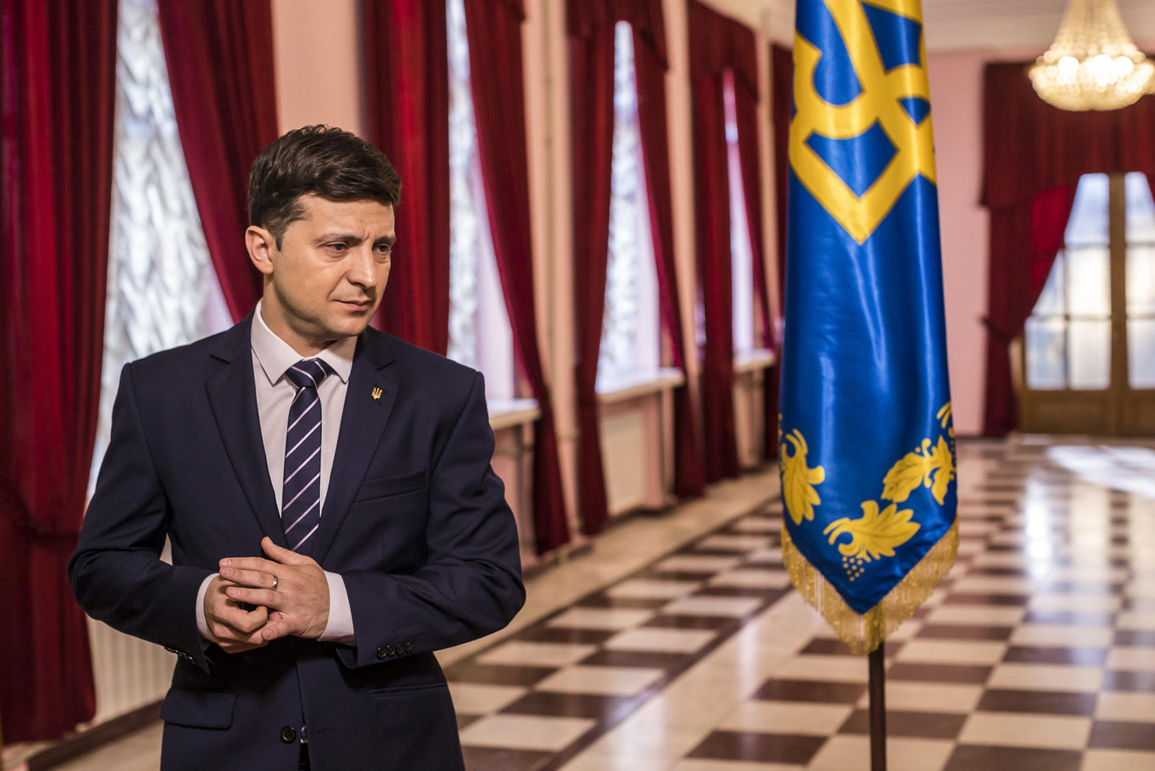 Volodymyr Zelenskiy plays a Ukrainian president on the set of his TV show. He won 30 percent of the vote for Ukraine's real presidency and will face President Petro Poroshenko in a runoff. (Brendan Hoffman/The New York Times)