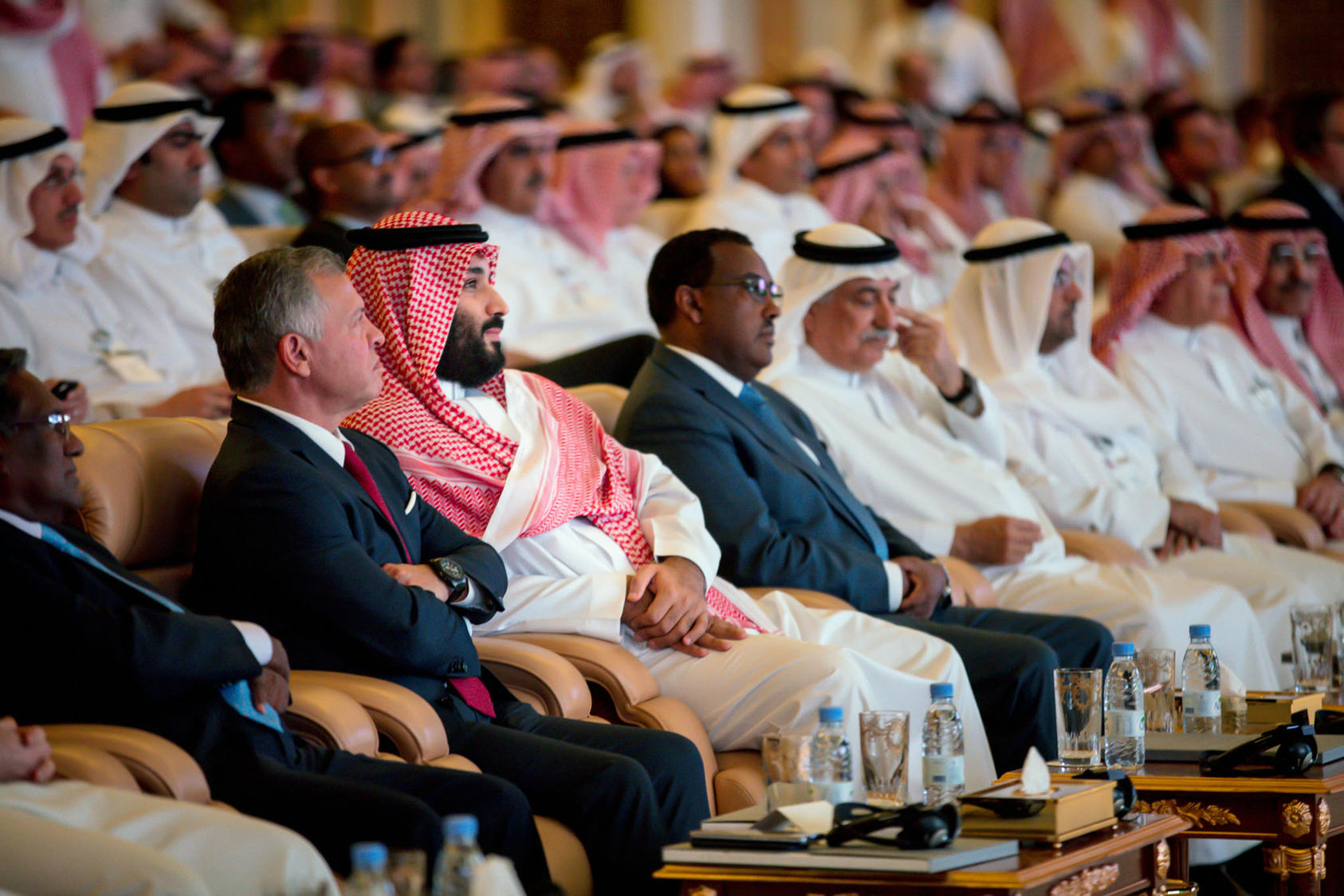 Saudi Arabia's crown prince, Mohammed bin Salman, third from left, sits next to King Abdullah of Jordan, second from left in Riyadh, Saudi Arabia, on Tuesday, Oct. 23, 2018. (Tasneem Alsultan/The New York Times)