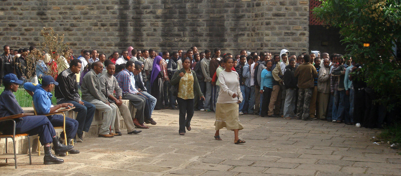 Ethiopian voters in Addis Ababa, the capital city, wait in line to vote during 2010 general elections. (Uduak Amimo)