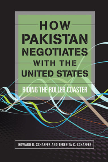 How Pakistan Negotiates with the United States book cover