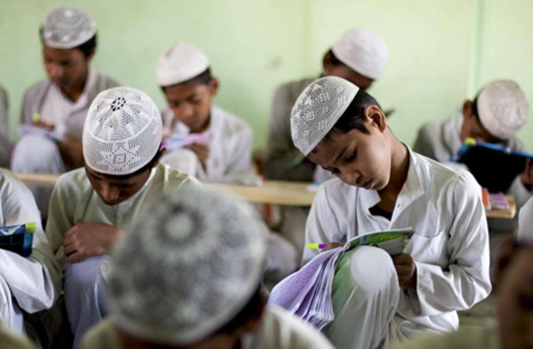 How Pakistan Might Bring Madrassa Education into the Mainstream