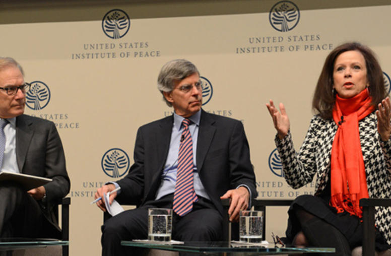 Wright, Ignatius Analyze Iran Developments