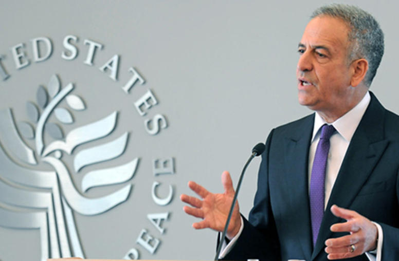 Feingold Presses Three African States on Elections