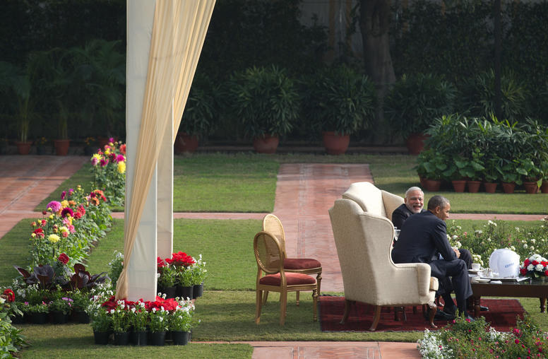Obama Visit to New Delhi Stirs Islamabad's Scramble to Compete