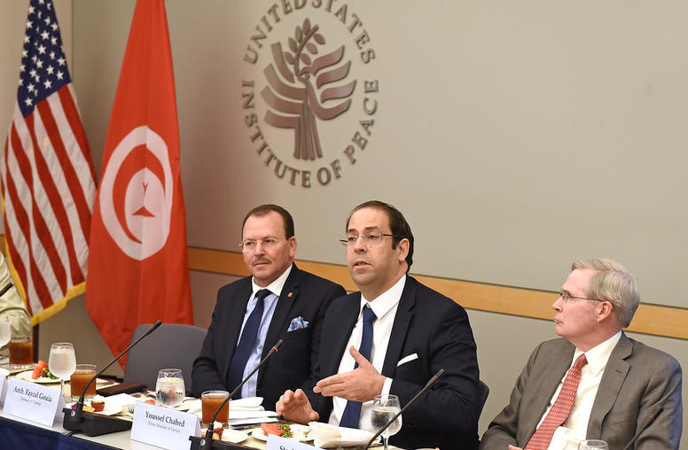 Tunisian Leader Outlines Anti-Terrorism, Corruption Steps