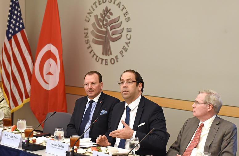Tunisian Leader Outlines Anti-Terrorism, Corruption Steps