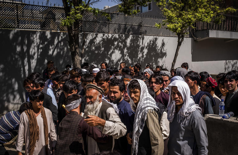 Amid Intense Violence, Afghans Show Support for Democracy