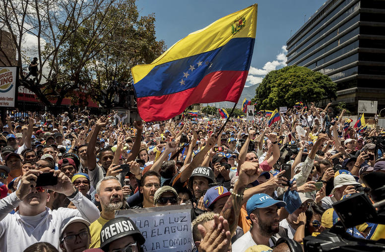 Venezuelan Youth Lead Nonviolent Campaigns for Change