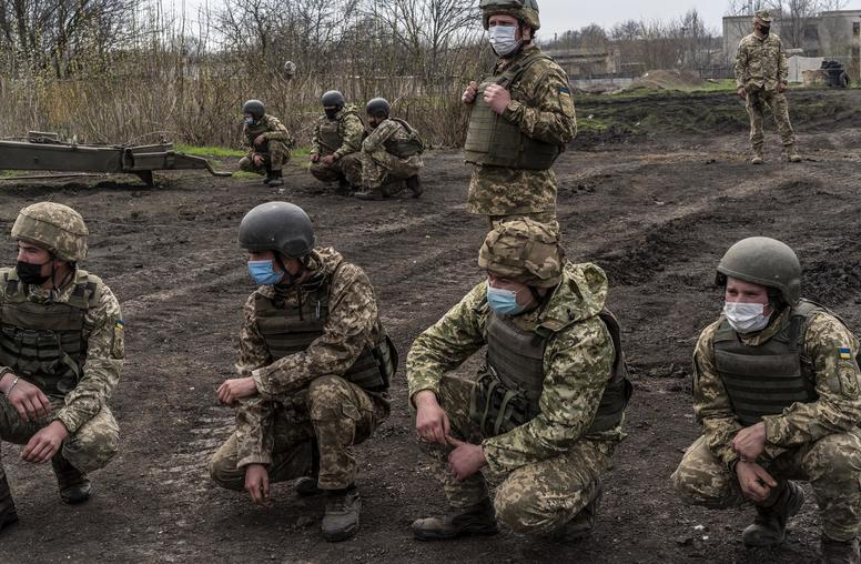 Russia Pulls Back Troops—But Not Its Threat to Ukraine
