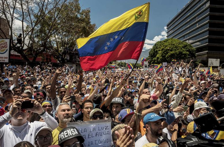 Is there a Negotiated Path to Democratic Coexistence in Venezuela?